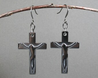 Hemalyke crucifix dangle earrings on gunmetal plated ear wires, cross earrings, gunmetal earrings, hemalyke earrings
