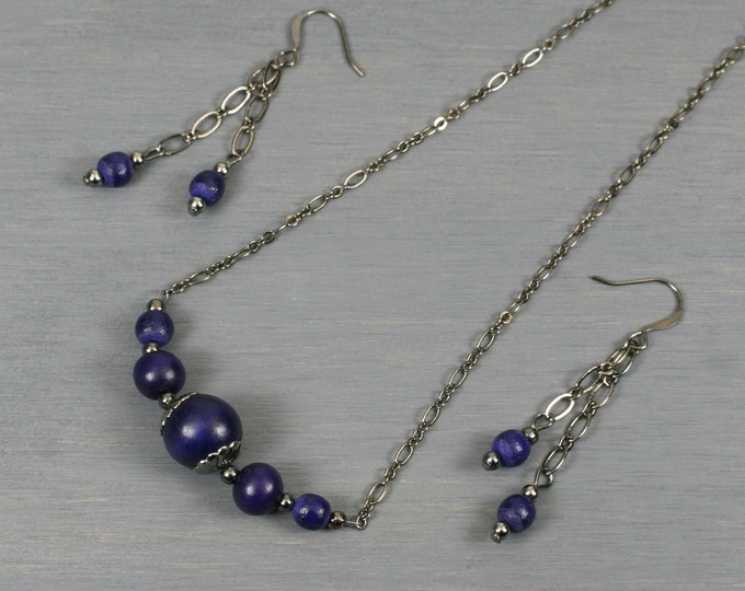 Cobalt blue wood and gunmetal choker necklace and dangle earring set