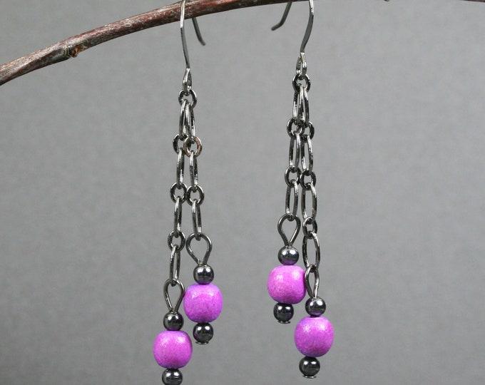 Light purple wood and gunmetal dangle earrings