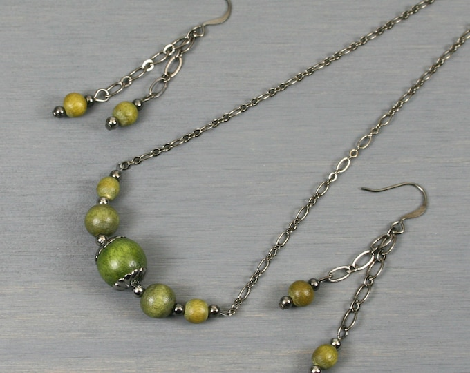 Olive green wood and gunmetal choker necklace and dangle earring set