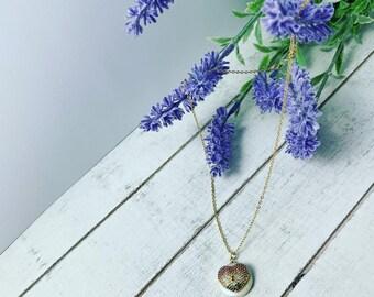 Mother of Pearl necklace • Dainty necklace • minimalist necklace •  Bridesmaid gift • Wedding necklace • Bride necklace