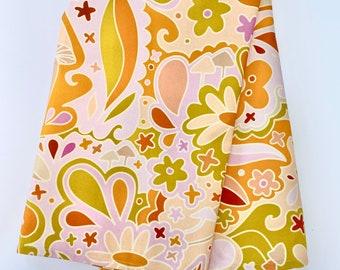 Groovy babe tea towel retro print kitchen hand towel