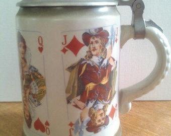 "Bierkrug,""Kartenspiel""."