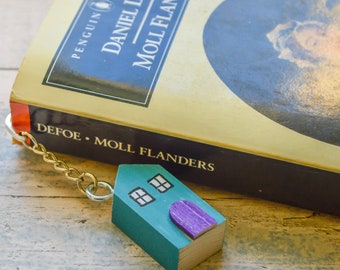 Cornish Country Cottage Hook Bookmark. 3 Styles. 90 Colour Options. Handmade to Order.