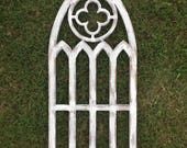 Farmhouse arched frame with quatrefoil