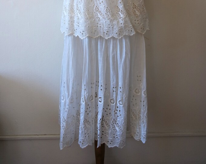Antique Edwardian White Cotton Eyelet Two Piece Lawn Dress - Floral Eyelet Detail Edwardian Dress - 1910s Two Piece Dress Set - Size XSmall