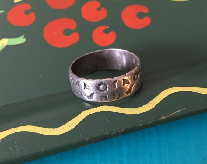 Vintage 1930s / 1940s Sterling Silver Etched Floral Cigar Band Ring - Size 6