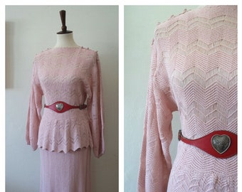 Vintage 1930s Pale Pink Zig Zag Knit Two Piece Set - 30s Knitwear - 30s Crochet and Knit Set - Size Small/Medium