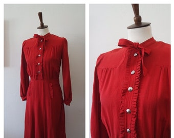 Vintage Late 1930s / Early 1940s Red Crepe Rayon Day Dress with Celluloid Side Zip - 30s Celluloid Zip Dress - Size Small/Medium