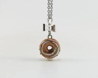 Necklace - Gold Donut (mini) | Chez Laurette