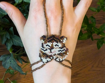 TIGER cub, elastic animal slave bracelet. Beaded stretchy bracelets ring. Beadwork finger bracelet. Hand jewelry. Hand chain. Ring bracelet.