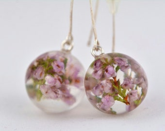 Lila Earrings with Heather, Resin and Silver Earrings, Heather in Clear Resin Spheres, Flower Earrings, Flower Jewelry, Lila silver earrings