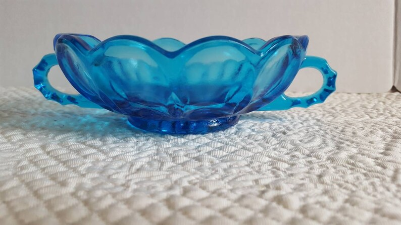 Vintage Hocking Fairfield Blue Glass Nappy Dish with Double Handles