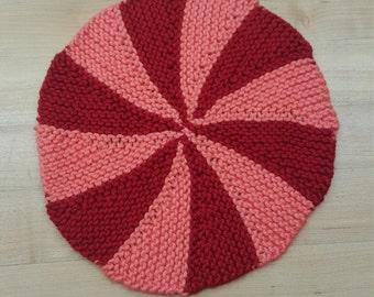 1 set of 5 Pinwheel dishcloths
