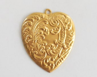 1 ornate Victorian raw brass heart pendant with feathers and fronds, brass stamping, 53 x 45mm, made in the USA C9401