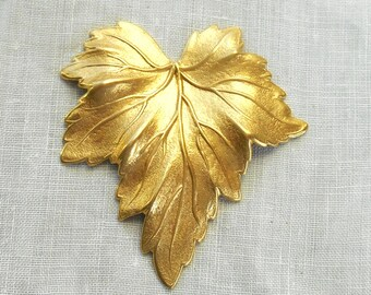 1 large raw brass stamping, a Victorian leaf, pendant, charm, connector, ornament, 51mm x 48mm made in the USA C0601