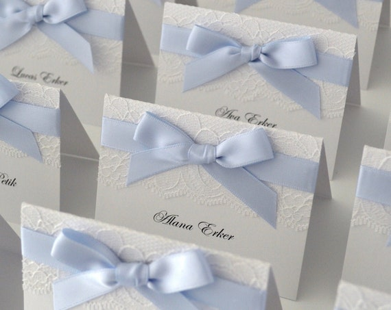 Baby Blue Bow Lace Place Cards - White Lace Escort Card - Custom Place card for Wedding, Sweet 16, Quinceañera, Bridal Showers