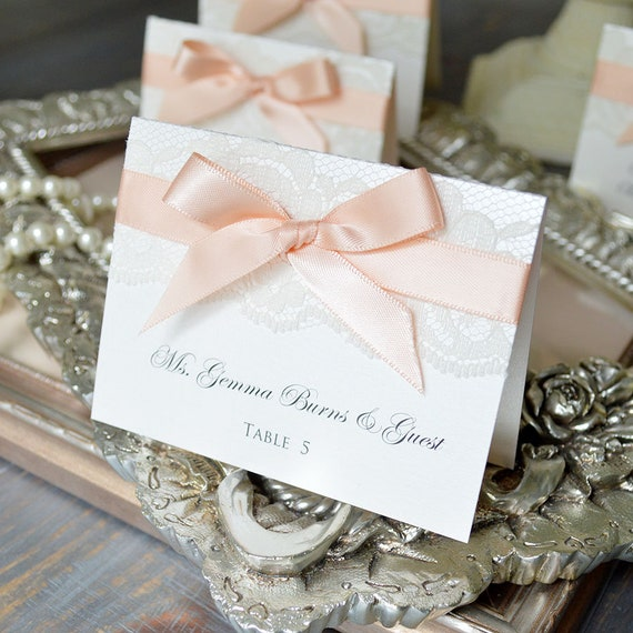 Bow Lace Place Cards - Ribbon and Lace Escort Card - Custom Place card for Wedding, Sweet 16, Quinceañera, Bridal Showers - Custom Colors
