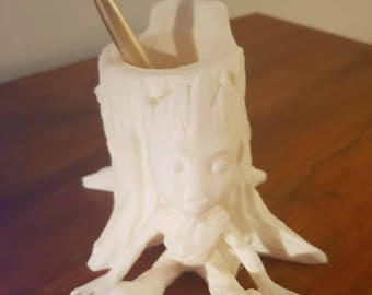 Baby Groot pencil to paint holder / Baby Groot pencil holder for painting