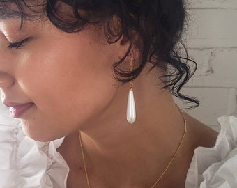 Large pearl drop earrings, pearl teardrop earrings, gold filled pearl earrings, delicate earrings, silver drop earrings, wedding earrings