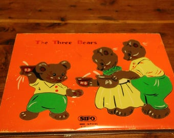 Vintage wooden tray preschooler puzzle Three Bears