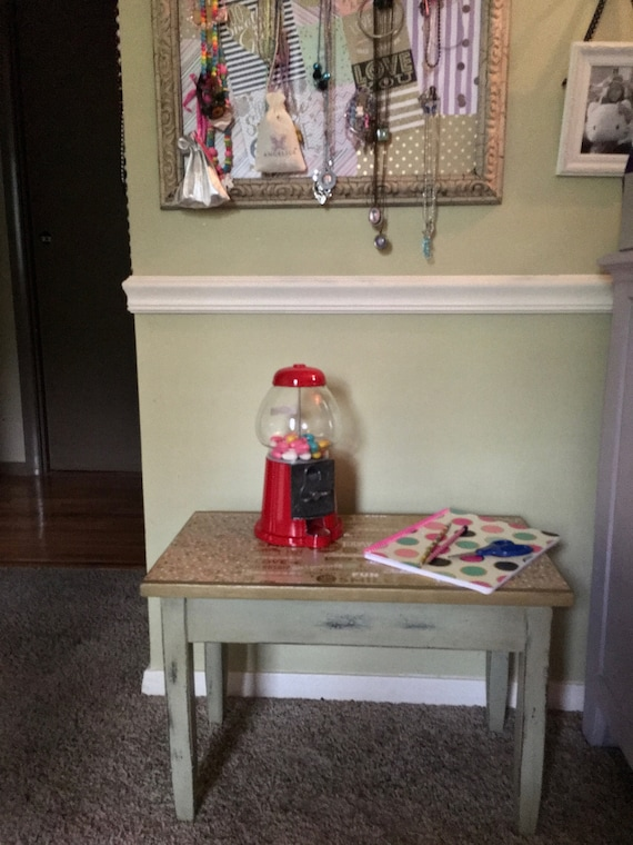 Girls antique bedroom table/ bedside table/ bedroom furniture/ small bench/  nightstand/ decoupage art/ refurbished furniture/ vintage/ art