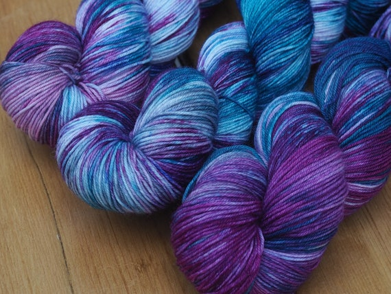 Flying Visit Perfect Sock Fingering Weight Merino / Nylon Yarn