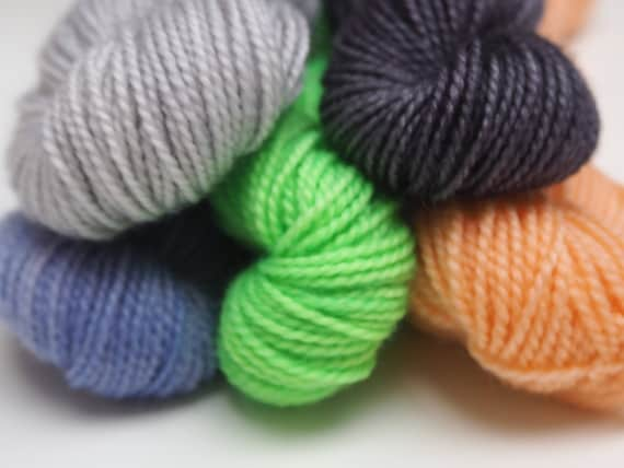 100g Halloween Mini Skein Set
