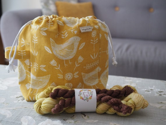 Small Stalwart, Yellow Birds Project Bag