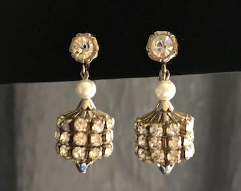 Vintage 1940s Silver Tone Rhinestone and Faux Pearl Round Barrel Cylinder Chandelier Triple Row Clip on Earrings Hollywood Glam Wedding