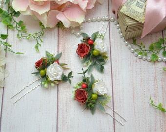 Red white hair pins Floral hair pins Flower pins red Rose hair pins White floral pins Red wedding Winter wedding Red headpiece White rose