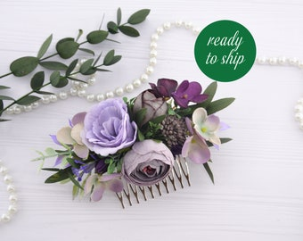 Purple flowers for hair Plum hair floral decor Bride hair piece flowers for girl Floral hair comb Flower comb Bridal hair piece Plum flowers