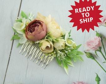 Beige flower hair comb Floral wedding hair decor Flower comb for bride Floral hair piece Flower hair clip Ready to ship Floral headpiece