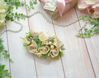 Hair comb for bride Floral hair comb Flower comb Winter wedding comb Hair accessories Bridesmaid hair comb Mother of the bride comb flower