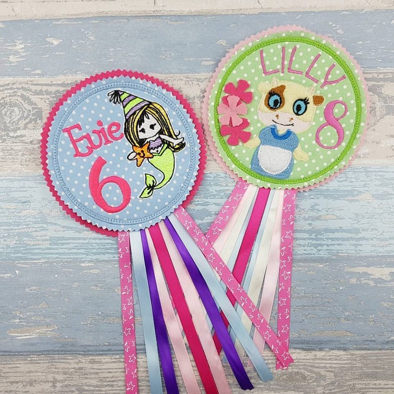 Cow Birthday Badge Girls Badge Badge for Her Party Gift Felt Rosette Personalized Birthday Badge Barnyard Party Gift for Girls