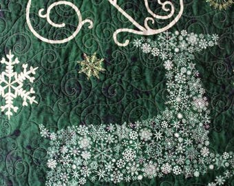 Holiday Wall Quilt. Winter Reindeer Wall Hanging, Custom Quilted Door Banner with Hanging Pocket, Wall Art, Snowflake Deer Wall Hanging
