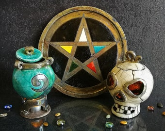Wiccan witch starter kit for pagan altar - pentacle of venus, magic cauldron and skull candle holder, customizable colors