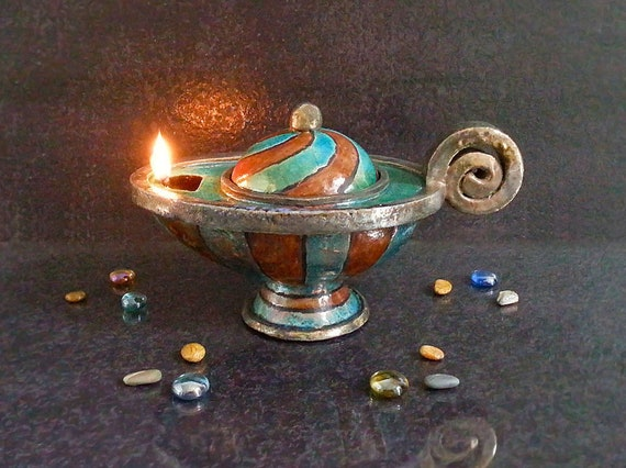 Lampade Ad Olio Per Esterni : Lampada a olio in ceramica raku lampada di aladino lampada etsy