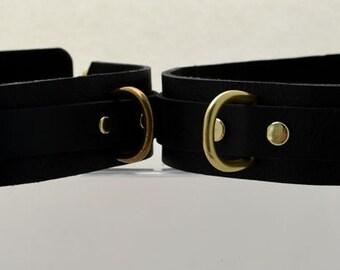 Premium Padded Leather Thigh Restraints - Black/Antique Brass