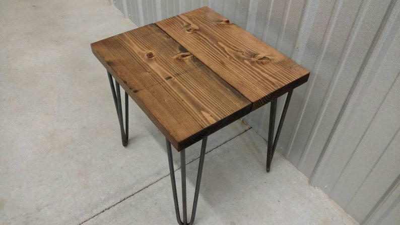 Exceptionnel Hairpin Side Table