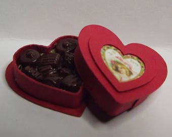 Dolls House Miniature Valentines Heart ChocolateS 1/12th Scale