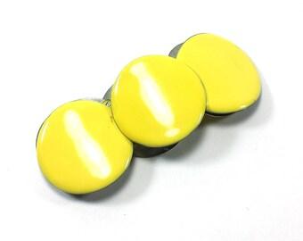 Yellow Enamel Disk Stretch Bracelet   Retro Mod Jewelry