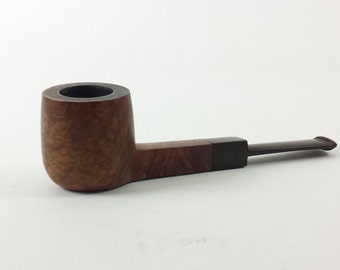 Estate Pipe   Tinder Box Selected Grecian Briar Stanwell   Brushed Brown with Oval Stem