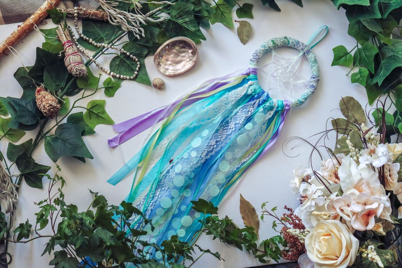 Blue and White Dreamcatcher  Med // Dream Spell image 0