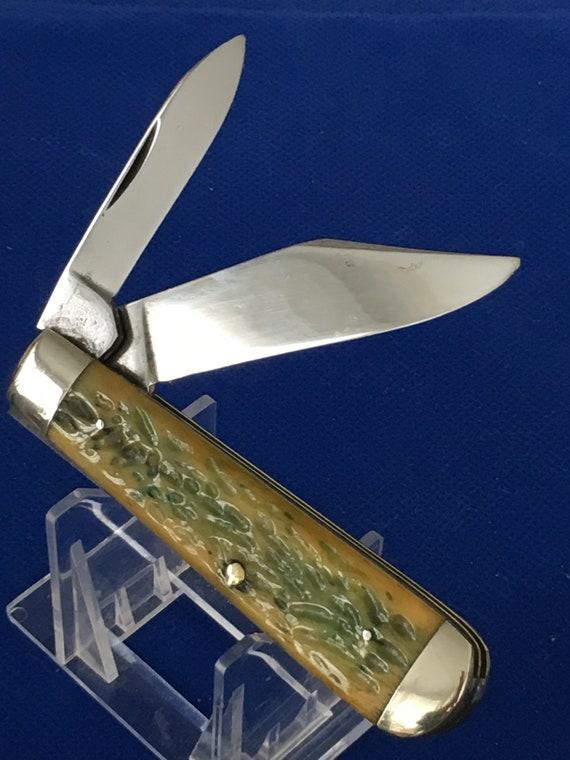 Vintage Kabar Jigged Green Bone Folding Knife