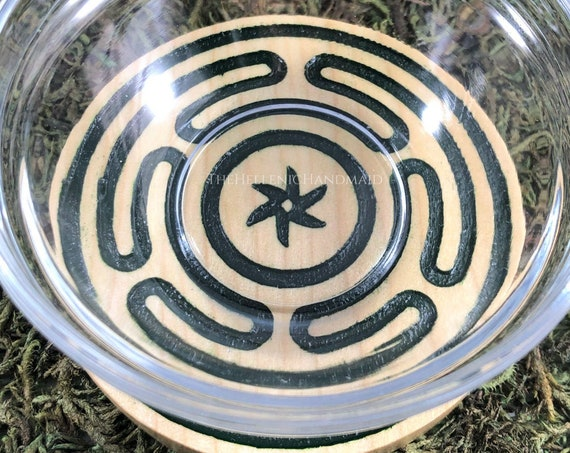 Green Hekate's Wheel offering bowl, Hecate's strophalos carved and hand painted Deipnon ritual set