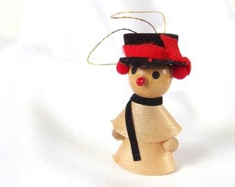 Vintage Christmas Ornament, Wood Shavings Caroler Holiday Ornament Decoration, NIP