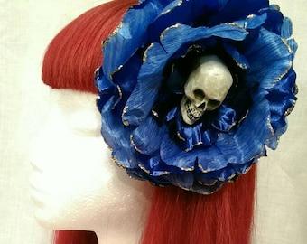 Skull glitter day of the dead blue super kitsh flower fascinator