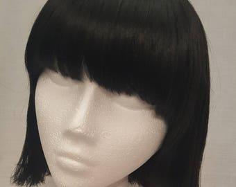 Black short synthetic wig