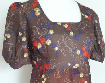 Vintage maxi dress 70s chocolate brown floral dress scoop neck short sleeves size medium  Uk 12